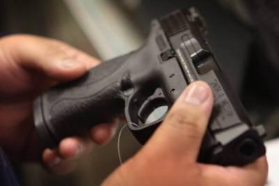 1 killed, 5 injured in Dallas neighborhood shooting